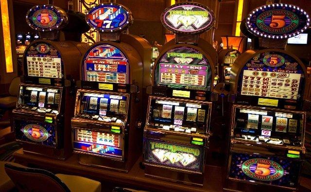 Игровой автомат Обезьянки от казино Вулкан