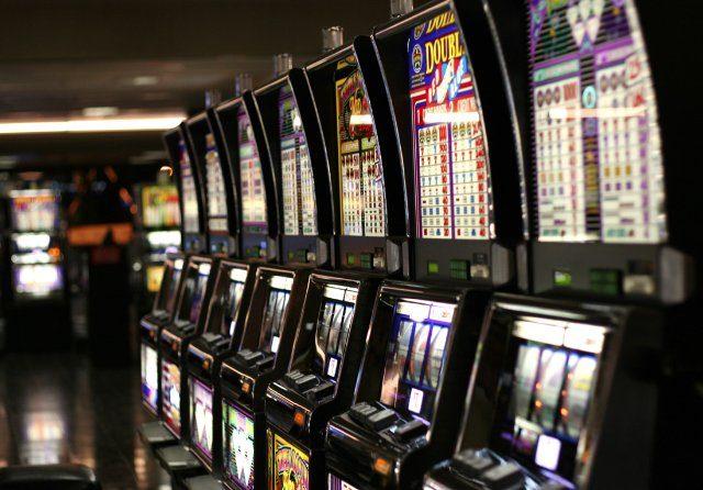 Идеальная система ввода и вывода денег казино Azino 777